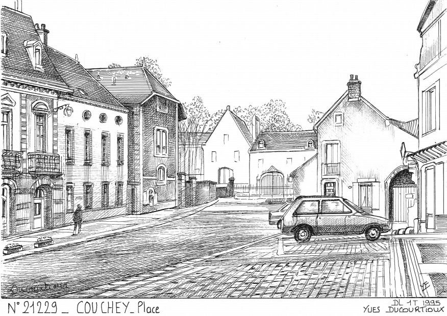 Carte Postale N° 21229 - COUCHEY - place